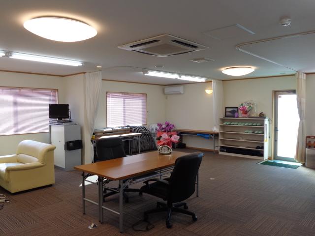 事務所 2階